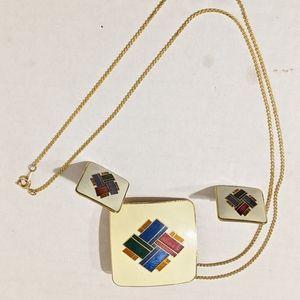 Gold Tone Necklace Set